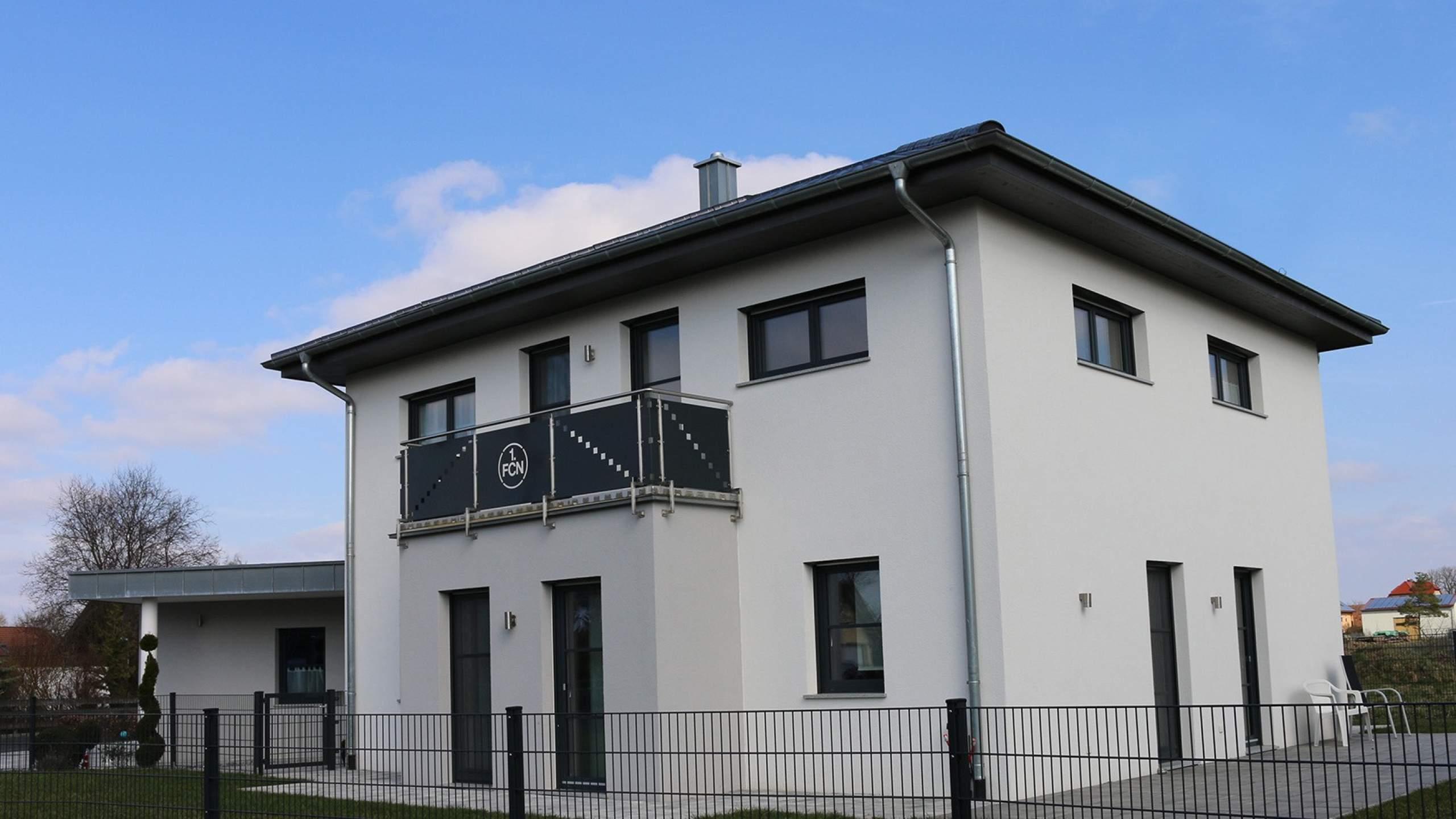 Einfamilienwohnhaus Seite